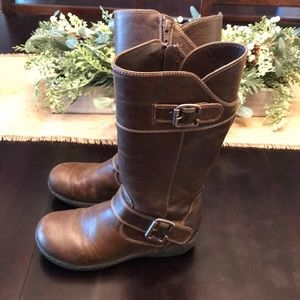 Girls brown BOC boots youth size 1